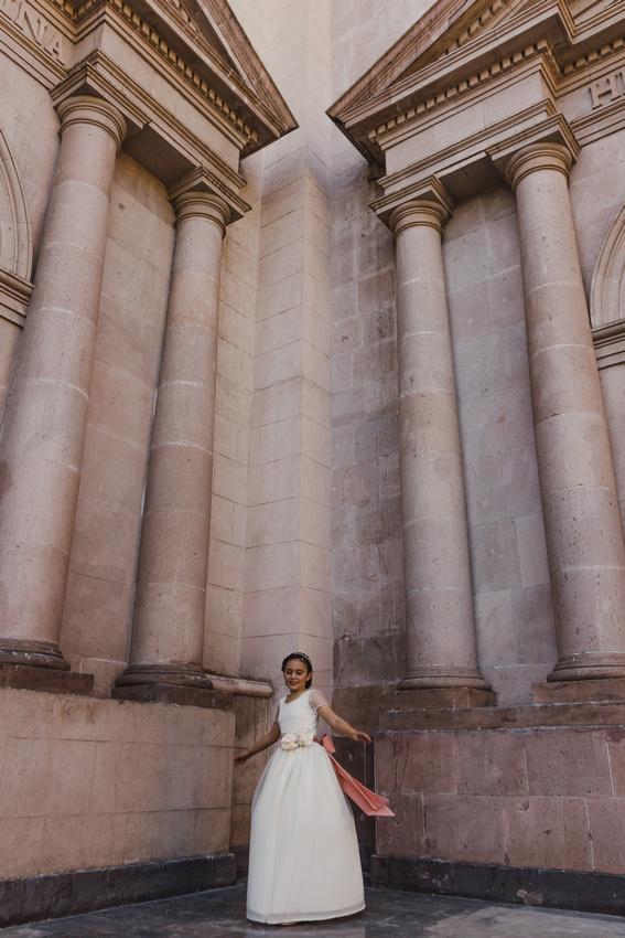 1era Comunión  1era Comunión Angel García Fotografía Monterrey NL México Parque Fundidora  Dios Iglesia Amor