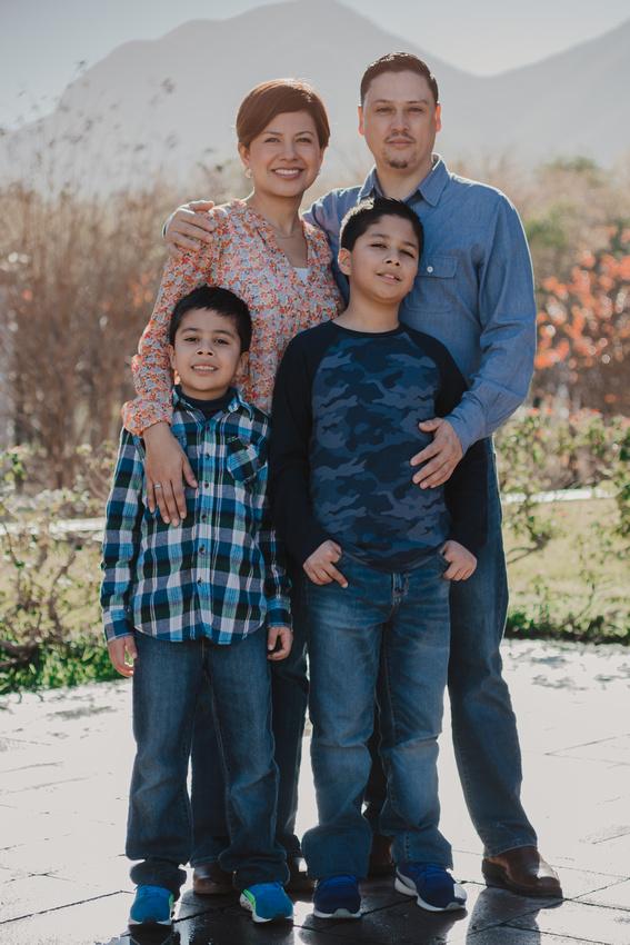 #SesionFamiliar #México #Alemania Gracias Cinthia Gutierrez por confiar en mi para guardar por siempre este momento en sus vidas! ---- #Familienfotografie #Mexiko #Deutschland Danke Cinthia Gutierrez für das Vertrauen, dass ich diesen Moment für immer in ihrem Leben behalten möchte!