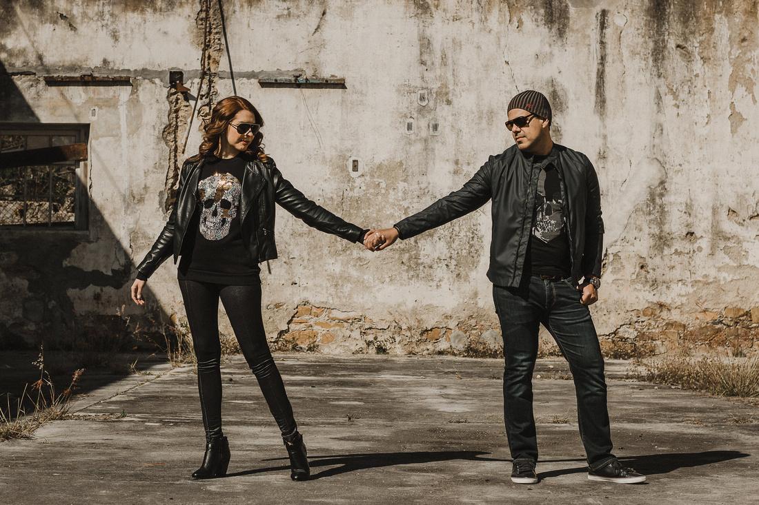 Lili Benavides & Omar Vigueras - Sesión Casual