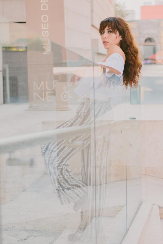Velvet By Angel García Retrato de Mujeres
