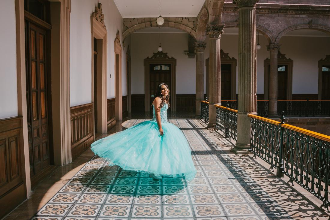 Sesión Formal Celina XV para Angel Garcia Fotografia