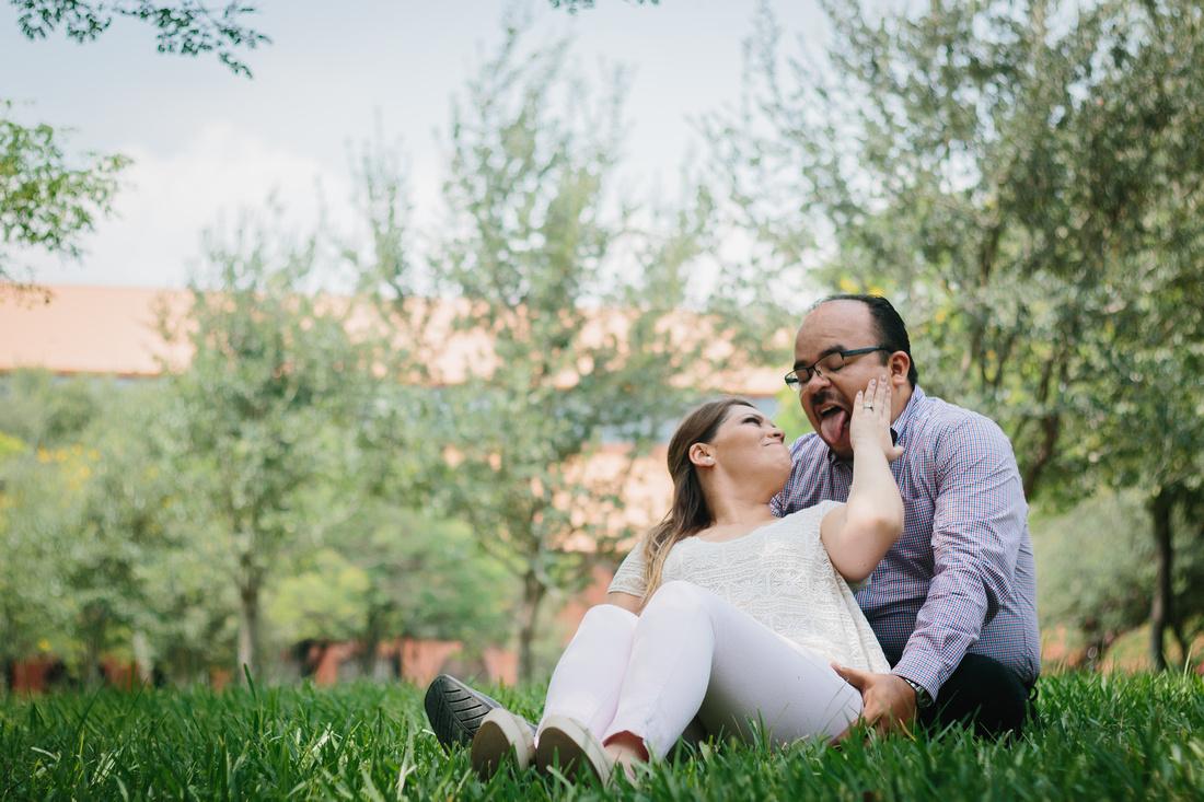 Sesión Casual Novios con Melisa y Ricardo para #AngelGarciaFotografia  #TuFotografo de #Boda #Monterrey #Mexico