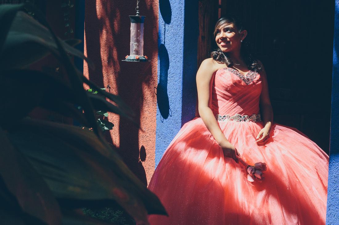 XV Sesión Formal de #XV para Montse Castillo #AngelGarciaFotografia #Monterrey #Mexico #LaCasaDeLosAbuelos #BarrioAntiguo visita www.facebook.com/angelgarciafotografia